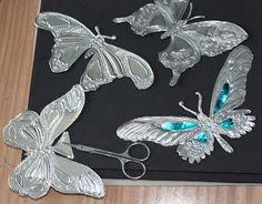 """Image detail for """"http://1.bp.blogspot.com/-dbec0uXPPR0/TgocDqkiwkI/AAAAAAAAA0s/6KQqbKP7k18/s320/trimming%2Bbutterflies.jpg"""""""