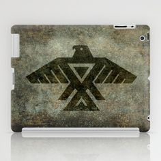 Emblem of the Anishinaabe people - Vintage version iPad Case by LonestarDesigns2020 - Flags Designs + - $60.00 This is a symbol I often see in my area so did a little research! Anishinaabe or Anishinaabeg, which is the plural form of the word—is the autonym often used by the Odawa, Ojibwe, and Algonquin peoples. They all speak closely related Anishinaabemowin/Anishinaabe languages, of the Algonquian language family. #Odawa #Ojibwe #Algonquin #Anishinaabe