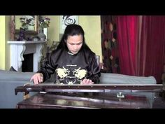 Master Wu plays 'Misty Clouds Over the Xiao and Xiang Rivers' on a silk stringed Qin - Part 1