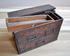 vintage japanese wooden box