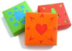 Bunlardan yapcam kutu kutu pense :) How to make decorative origami gift boxes Homemade Gift Boxes, Diy Gift Box, Gift Boxes With Lids, Box With Lid, Shadow Box, Origami Gift Box, Origami Boxes, Jewelry Box Plans, Paper Gift Box