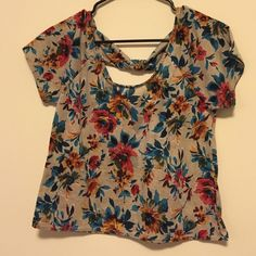Floral Back Detail Top Cute floral top with bow back detail. NWOT Full Tilt Tops Tees - Short Sleeve