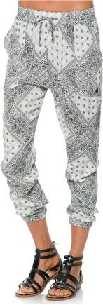 Tapered printed harem pant. http://www.swell.com/New-Arrivals-Womens/VOLCOM-HAIR-UM-TAPERED-PANT?cs=WH