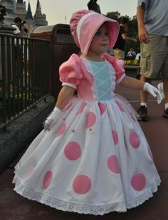 Toy Story Halloween Costume, Toy Story Costumes, Toddler Costumes, Character Costumes, Girl Costumes, Halloween Costumes For Kids, Disney Cosplay, Disney Costumes, Disney With A Toddler