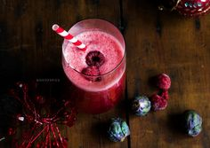 brussel sprouts and raspberry smoothie I boxofspice