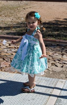 Girl's Dress sewing tutorial PDF children's clothing PDF Bowtie Halter dress