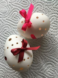 Ladybug, Eggs, Easter, Cake, Desserts, Wood, Tailgate Desserts, Deserts, Easter Activities
