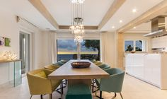 Villa Andratx - Küche und Essbereich