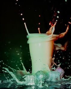 Fede Arias (@elfedearias) • Fotos y vídeos de Instagram Glass Of Milk, Drinks, Instagram, Blog, Drinking, Beverages, Drink, Blogging, Beverage