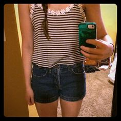High waisted shorts size 5 Adorable high waisted shorts perfect for summer coming. L.e.i. Jean shorts size 5. Jeans