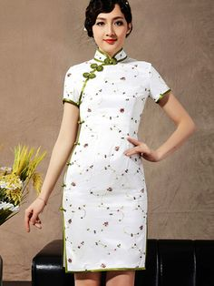 White Floral Short Silk Cheongsam / Qipao Dress