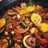 Balsamic Chicken & Vegetables #crockpot #recipe