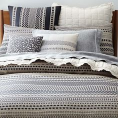 http://www.westelm.com/products/organic-woven-dot-duvet-cover-shams-b1830/?pkey=cduvet-covers||