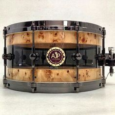 snare //;