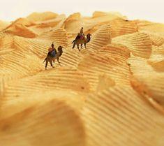 Potato Chip Sand Dunes, Spiral-Bound Swimming Lanes, and More Miniature Transformations from Tatsuya Tanaka - Funny Photo İdeas Miniature Photography, Toys Photography, Creative Photography, Photography Collage, Photography Awards, Vintage Photography, Wedding Photography, Miniature Calendar, Urbane Kunst