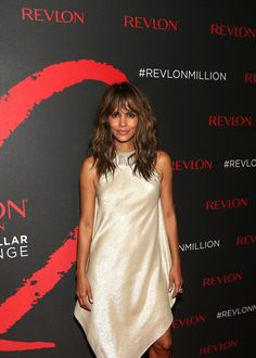 Halle Berry Photos Photos - Revlon's 2nd Annual Love Is On Million Dollar Challenge Finale Party - Zimbio