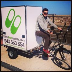 K4RGO - Txita, Feel Free Rentals Bike Cargo Trailer, Cargo Trailers, Camper Trailers, Electric Cargo Bike, Bus Living, Mini Camper, Bike Pedals, Two's Company, Tiny House Plans