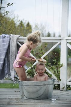 54 Best Ideas For Bath Time Pictures Baby Baby Pictures, Baby Photos, Family Photos, Time Pictures, Sibling Photos, Cute Kids, Cute Babies, Baby Kids, Time Photography