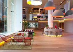 QT Hotel Gold Coast - Lobby