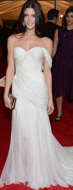 Donna Karan dress I would even consider getting married in such a dress or perhaps wearing it for the first dance!