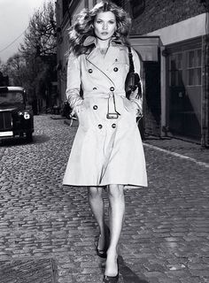 Kate Moss in the essential Burberry Mac