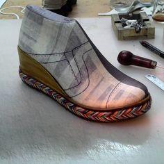 👢👞👟👠👡 🇹🇷✔  #shoedesing #shoemaster #shoemaker  #shoepattern #ayakkabi #tasarım #tasarim #modelist #istampa #handmade #shoes #leather #footweardesign #shoelast #upper #patternmaking #patternmaker #sole #sneakers #stiletto #shoemaking #danalya #bespokeshoes  #bespoke #handmadeshoes