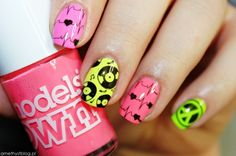 Nailpolis Museum of Nail Art | Love Music! by Amethyst
