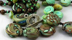 Kathryn Reid : lizard embryos close up
