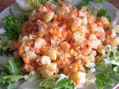 Salad with garlic, potatoes and carrots