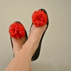 I dunno if I'd wear them, but they're pretty cute!