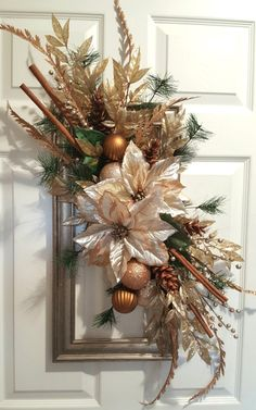 Picture frame wreath dressed for the holidays by marlas. Christmas Shows, Christmas Love, Christmas Crafts, Xmas, Picture Frame Wreath, Picture Frame Crafts, Christmas Lanterns, Christmas Decorations, Holiday Decor