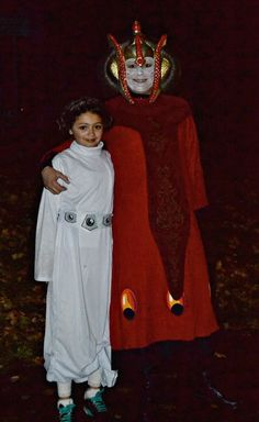 who goes trick or treating with their mom princess leia and queen amidala - New Paltz Halloween