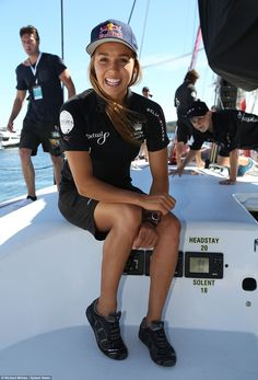 82842c88305 Sally Fitzgibbons struggles to find her sea legs during  SydneyHobart