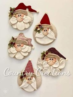 Clay Christmas Decorations, Polymer Clay Christmas, Christmas Ornament Crafts, Christmas Art, Christmas Projects, Holiday Crafts, Santa Crafts, Gnome Ornaments, Christmas Christmas