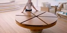All these awesome folding furniture designs : oddlysatisfying Folding Furniture, Home Furniture, Furniture Design, Office Furniture, Expandable Round Dining Table, Round Extendable Dining Table, Table Design Bois, Capstan Table, Circular Table