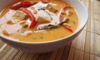 Spicy Thai Coconut Curry 12 oz. light coconut milk 12 oz. coconut cream 2 cups vegetable broth ¼ cup Thai red curry paste 1–2 Tbsp. pow...