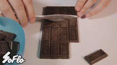 Cómo hacer chocolate ilimitado, el vídeo que arrasa en Facebook  https://www.facebook.com/Chocozona/photos/a.398850642792.172037.122574857792/10153460577472793/?type=3