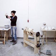 aust & amelung: like paper concrete lamp collection Concrete Light, Concrete Lamp, Properties Of Concrete, Design Maker, Industrial Style, Industrial Design, Hacks Diy, Simple Elegance, Design Process