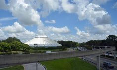 https://floridagators80.wordpress.com/2017/11/09/todays-disney-photo-view-of-space-mountain-from-the-monorail/