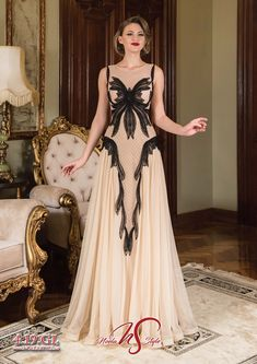 Nasa, Formal Dresses, Fashion, Moda, Formal Gowns, La Mode, Black Tie Dresses, Fasion, Gowns