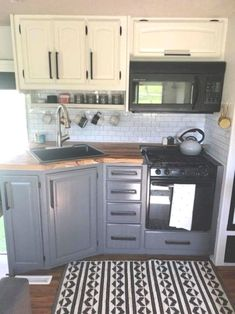 Kitchen Interior Remodeling Best RV Camper Interior Remodel Ideas 02 - You might need to stop by an RV supply store to obtain the suitable curtain hangers for your model.