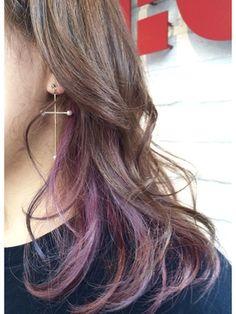 インナーカラー【ピンクパープル+ブルー】/CHIC 横浜 【チック ヨコハマ】をご紹介。2017年秋の最新ヘアスタイルを100万点以上掲載!ミディアム、ショート、ボブなど豊富な条件でヘアスタイル・髪型・アレンジをチェック。