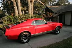 1970 Ford Mustang Mach 1 - My first car but mine was white!!