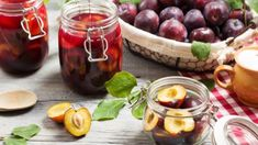 Retete culinare by Unica.ro - delicii din bucataria romaneasca si internationala Food Categories, Plum, Vegetables, Fruit, Cooking, Recipes, Canning, Syrup, Kitchen