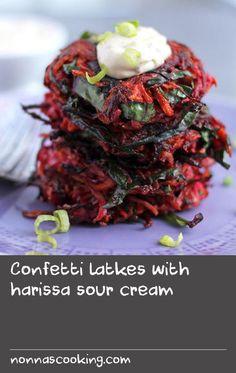 Confetti latkes with harissa sour cream Fried Cake Recipe, Hake Recipes, Tasty, Yummy Food, Business Meeting, Fresh Cream, Cream Recipes, Beetroot, Crete