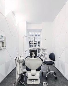 . . . . . #officedesign #interiordesign #decor #officedecor #interiordesire #interiores #interiordecor #interiorinspiration #interior123 #interiorlover #decoration #dentalclinicdesign #luxury #modern #productdesigner #dentist #dental #dentalclinic #architecture #architect #design