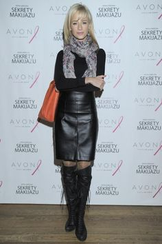 ULA  DĘBSKA Avon, Her Style, Beauty Women, Work Wear, Leather Skirt, Boots, Skirts, How To Wear, Clothes
