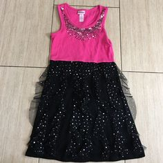 Girls dress Girls size 8 dress with just the right amount of frills and sparkle. Justice Dresses Midi