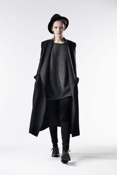 26-10-11  This Y's Yohji Yamamoto look is giving me life.