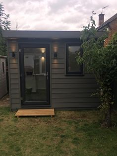 Garage Doors, Outdoor Decor, Projects, Home Decor, Log Projects, Interior Design, Home Interior Design, Home Decoration, Decoration Home